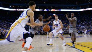 stephen-curry-cut-102215-FTR-getty.jpg
