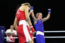 コモンウェルズゲームス 女子ボクシング テイラー・ロバートソン オーストラリラ 準決勝 判定負け 銅メダル 珍事