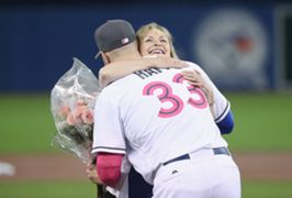 mlb mother's day