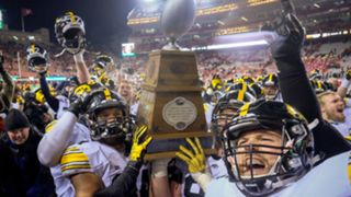 Iowa-celebrates-112715-getty-ftr