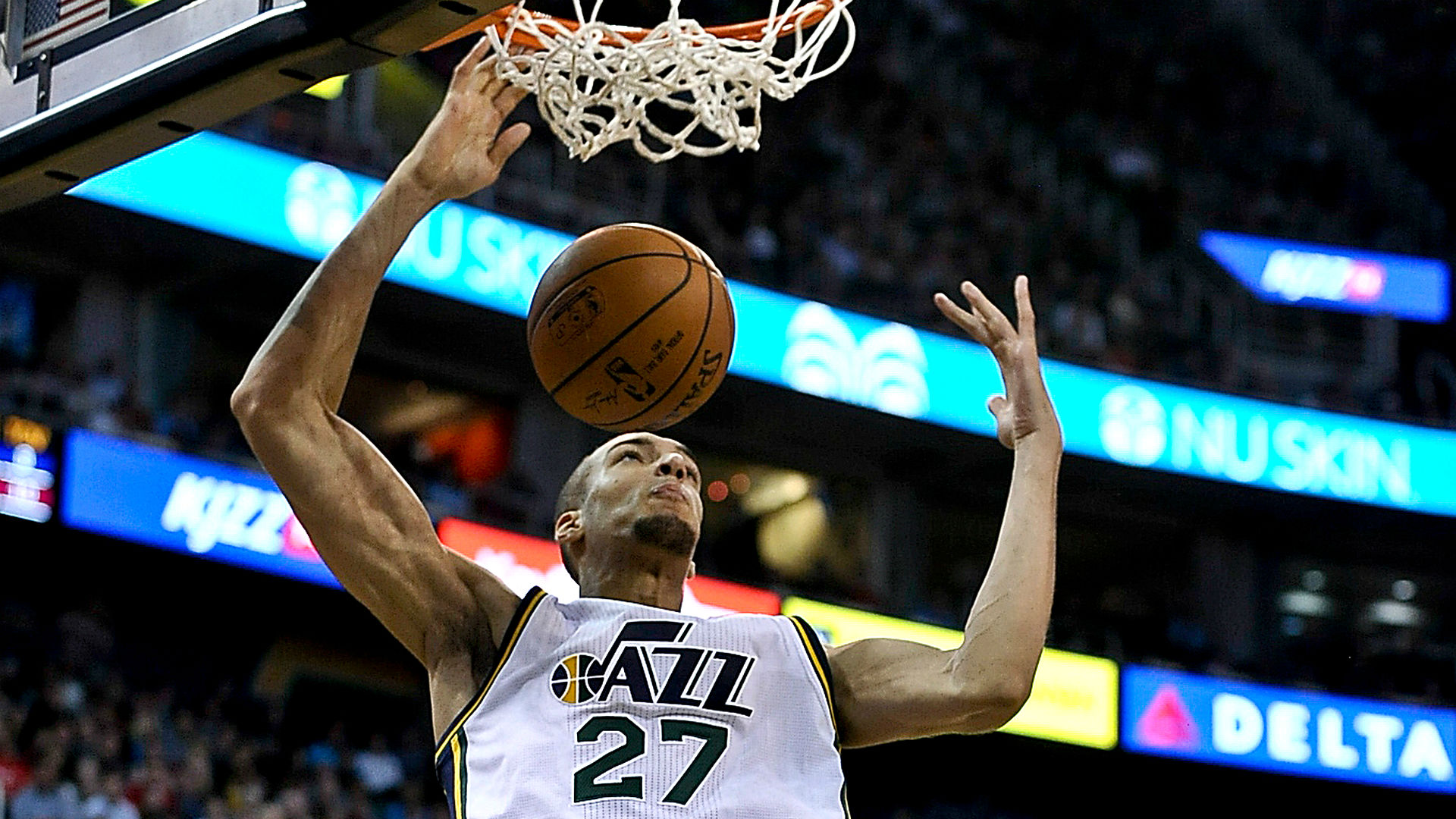 Rudy-Gobert-123016-Getty-FTR.jpg