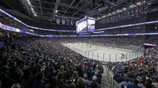 Amalie-Arena-Lightning-Gallery-092717-Getty