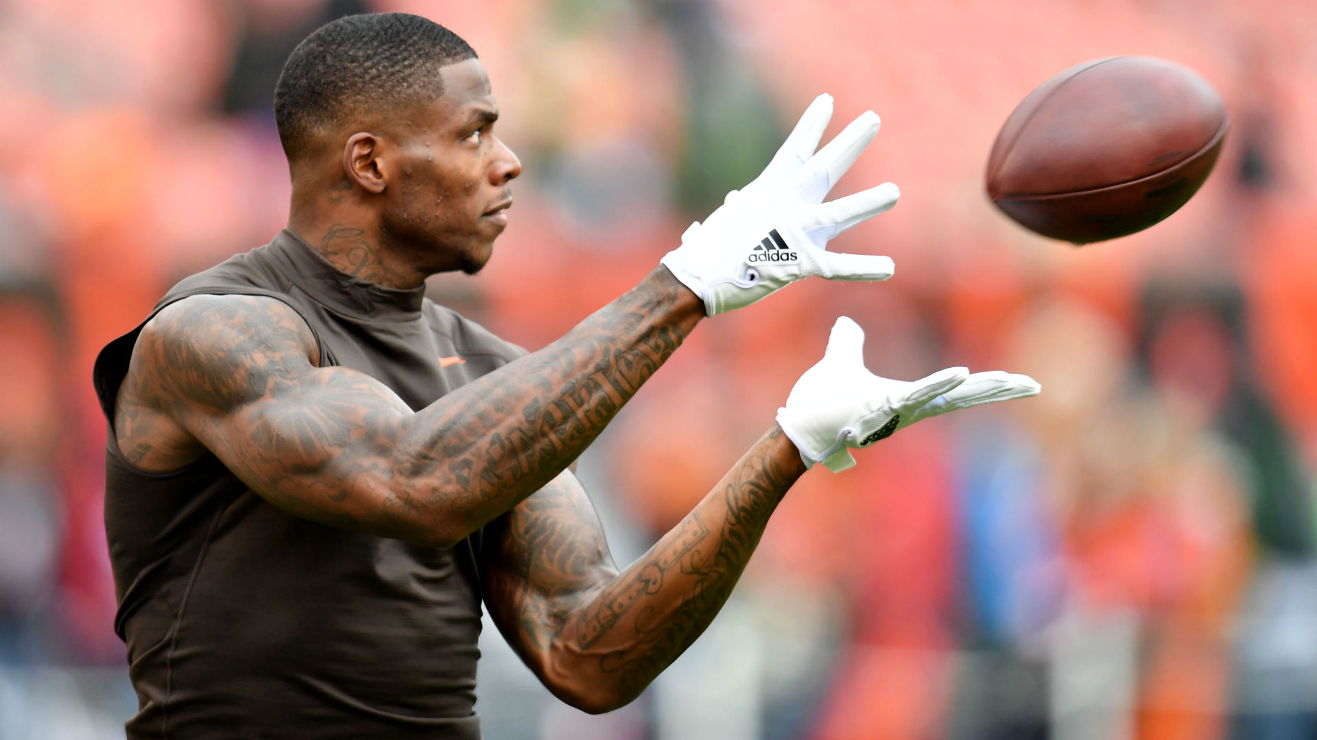 541adad5e Why Josh Gordon trade will work: WR needs Patriots more than they need him  | Sporting News