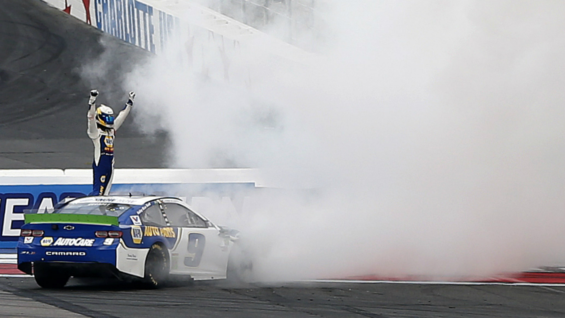 NASCAR at Charlotte results: Chase Elliott wins, Alex Bowman narrowly advances in first cut race