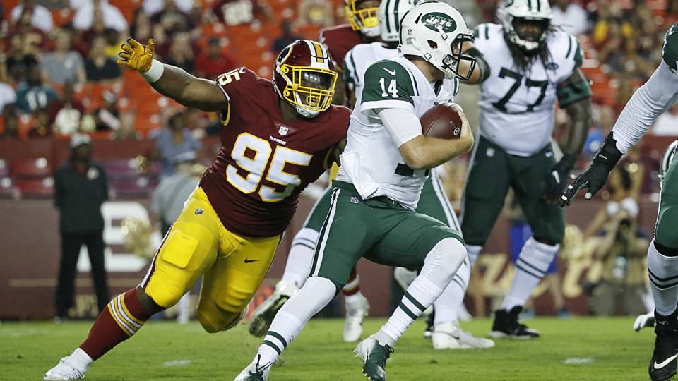Sam Darnold gives Jets enough reasons not to start him ...