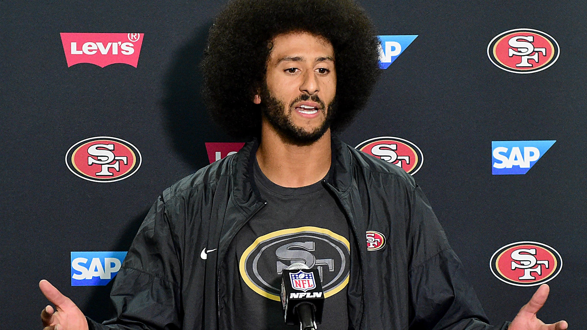 colin kaepernick's afro is drawing out racists like no hairdo