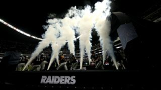 Raiders-Texans-MexicoCity-FTR-Getty-112216.jpg