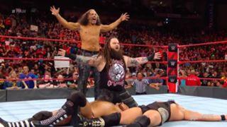 WWE ロウ #1315 ロウ・タッグ王座 Bチーム