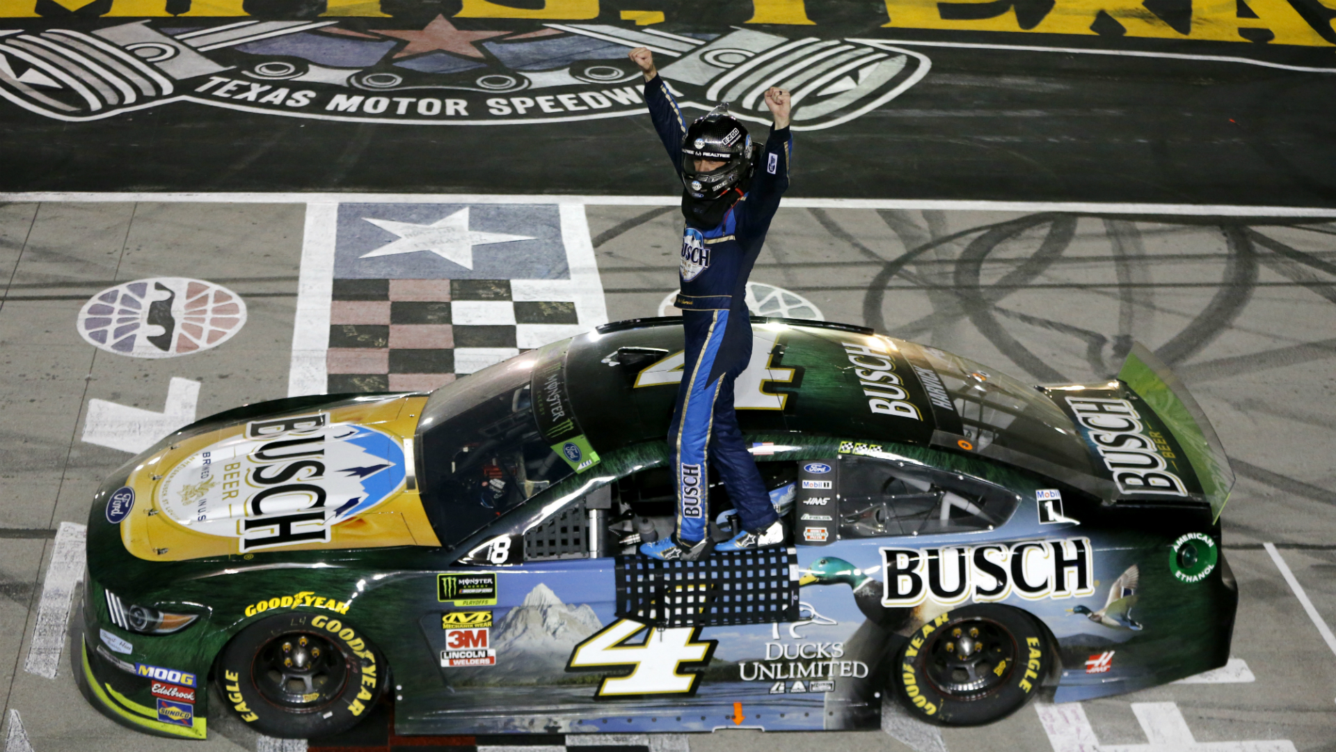 Kevin Harvick Wins: NASCAR At Texas Results: Kevin Harvick Wins From The Pole