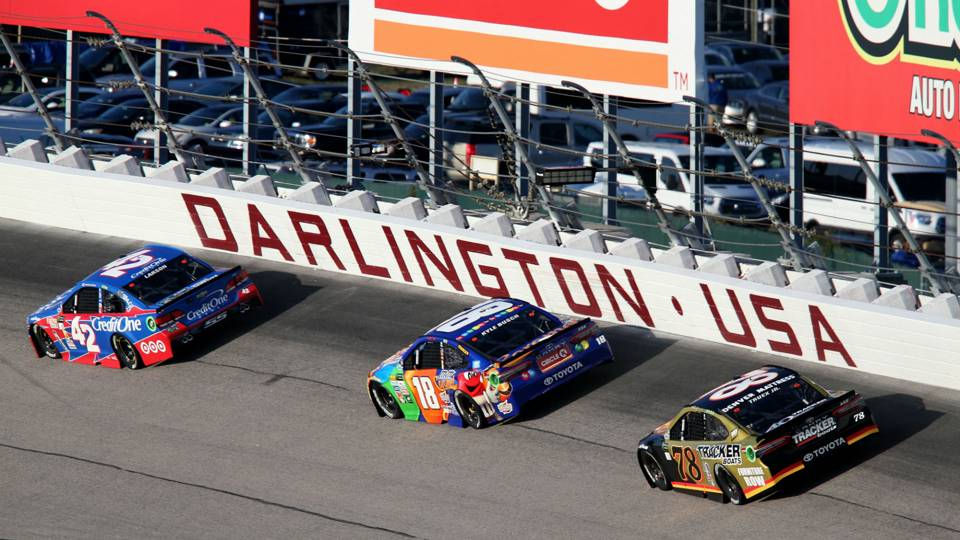 NASCAR at Darlington: Live updates, highlights from the Bojangles' Southern 500