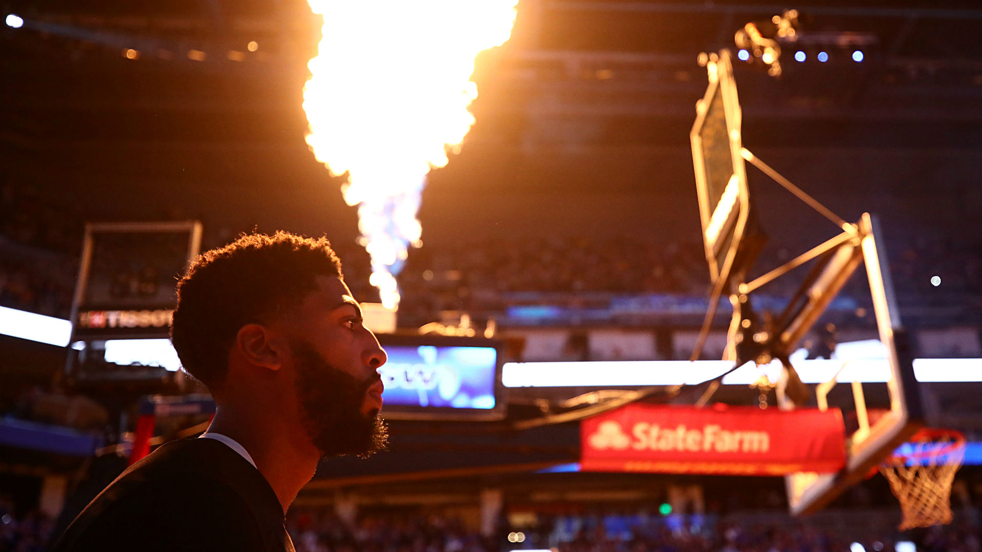 Anthony Davis plays star role vs. Warriors in first game action with Lakers