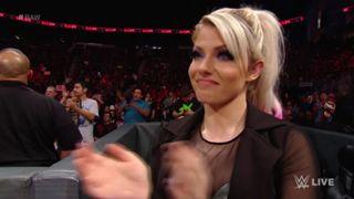 WWE, ロウ, #1332, アレクサ