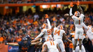 Syracuse field goal-111415-getty-ftr.jpg