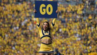 UM-Cheerleaer-101615-getty-ftr