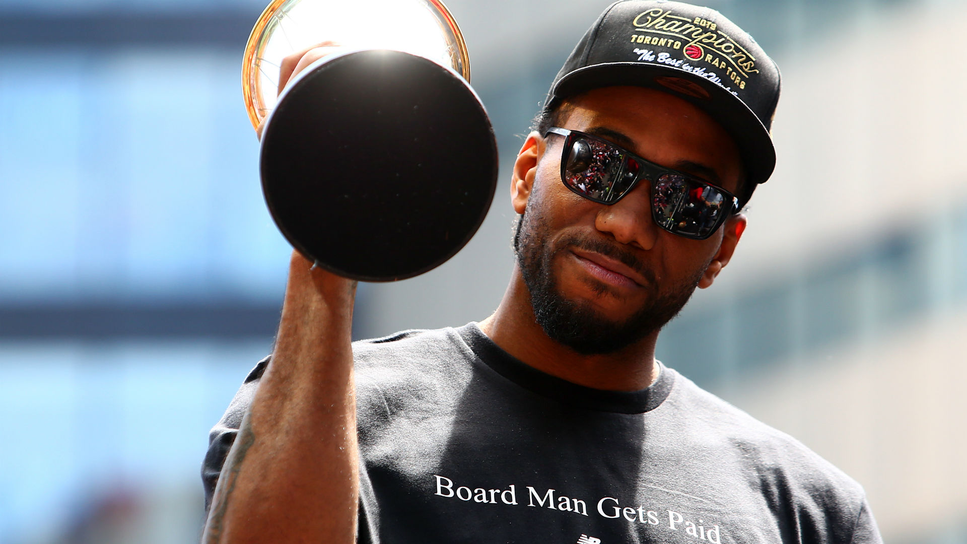 Kawhi Leonard rumors tracker: Latest free agency news, predictions to sign NBA star