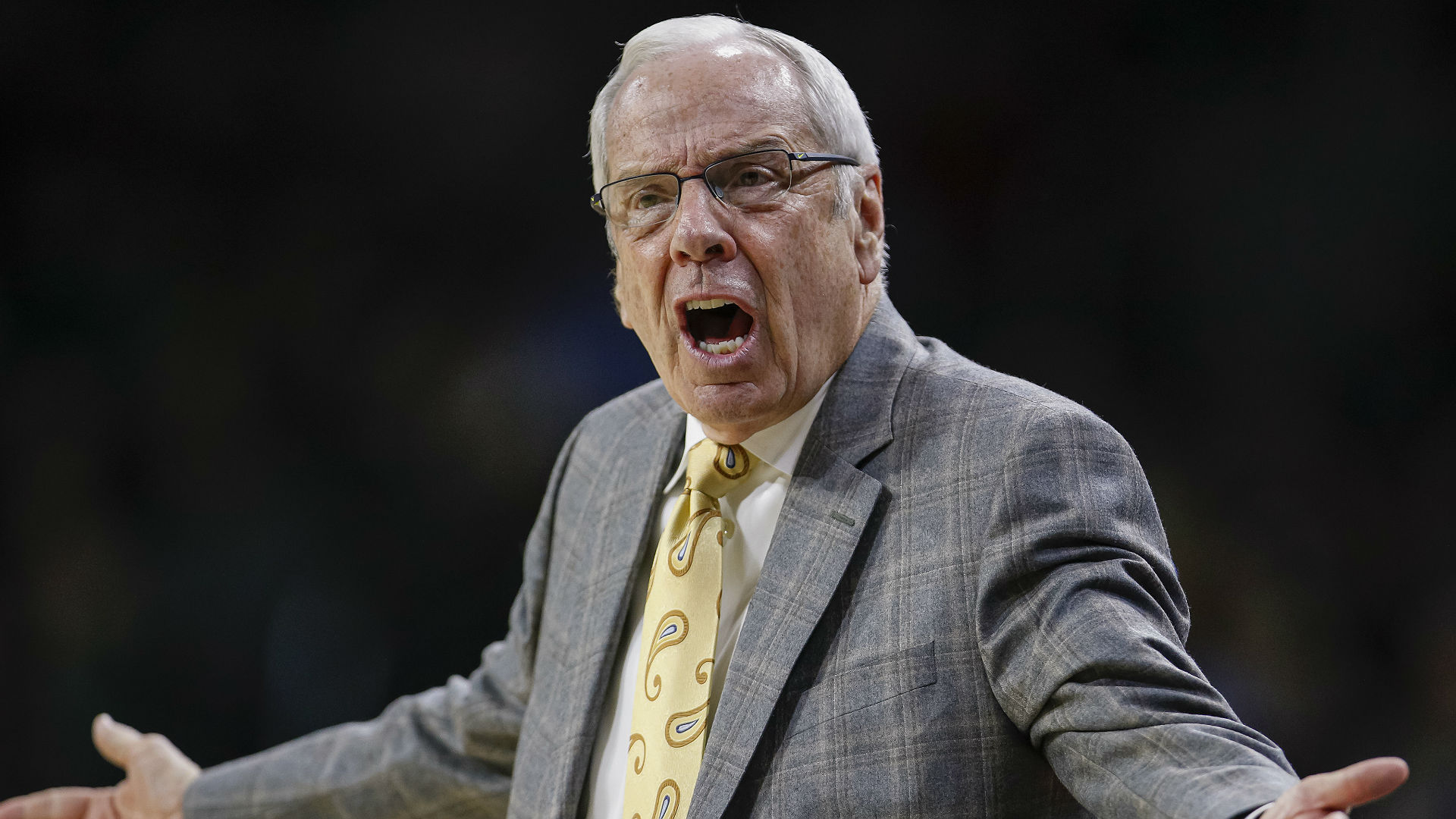 Roy Williams apologizes for F-bomb during intense postgame news conference - sporting news