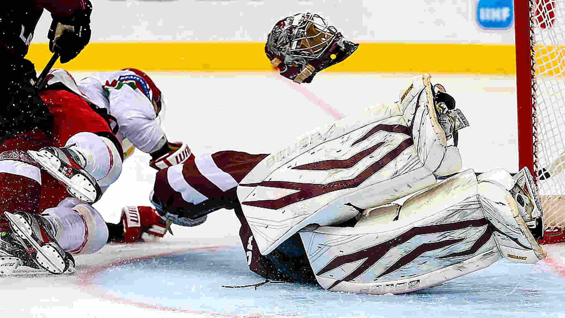 Common Hockey Injuries Explanation Treatment And Prevention