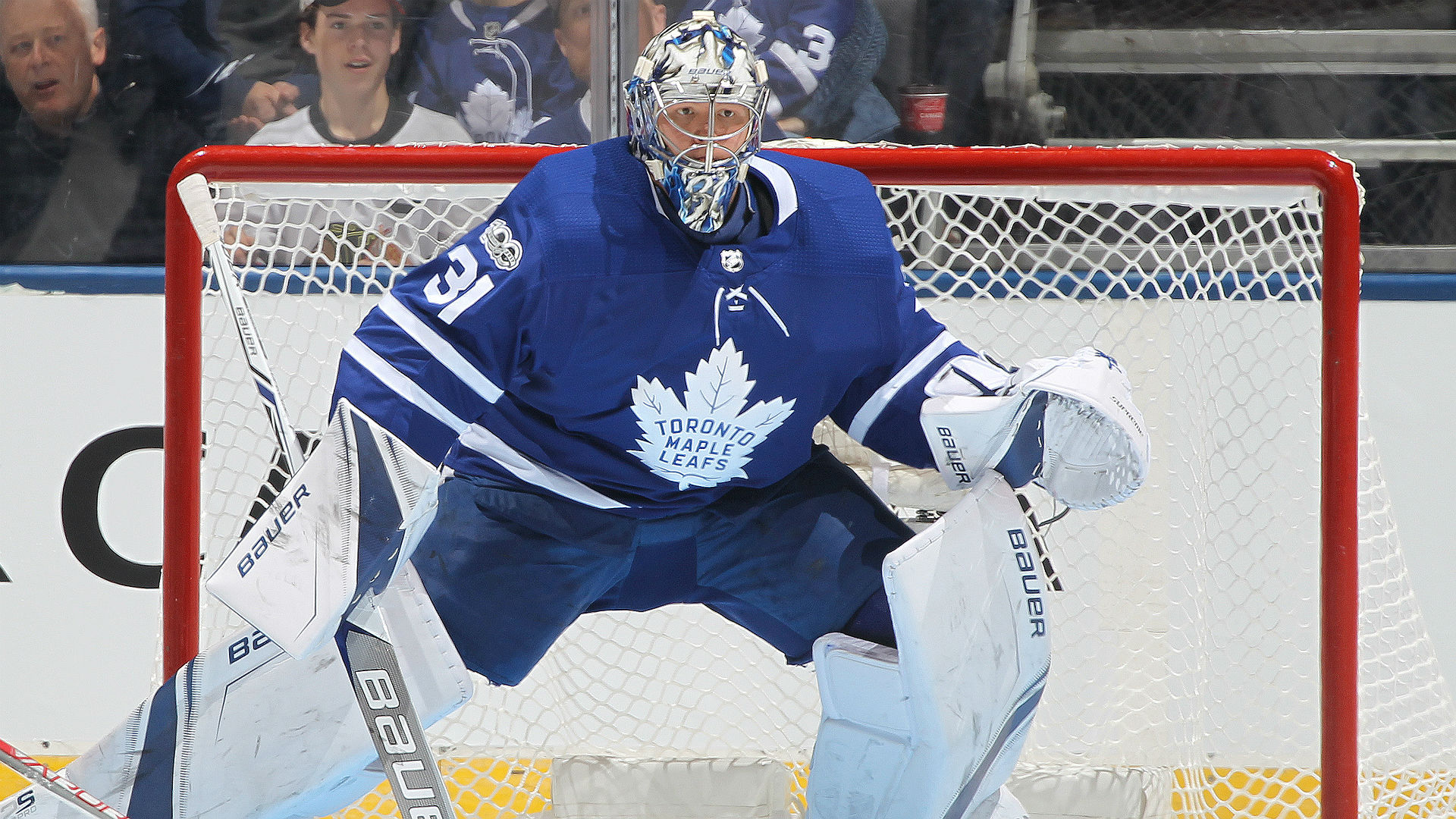Andersen shines for Matthews-less Leafs
