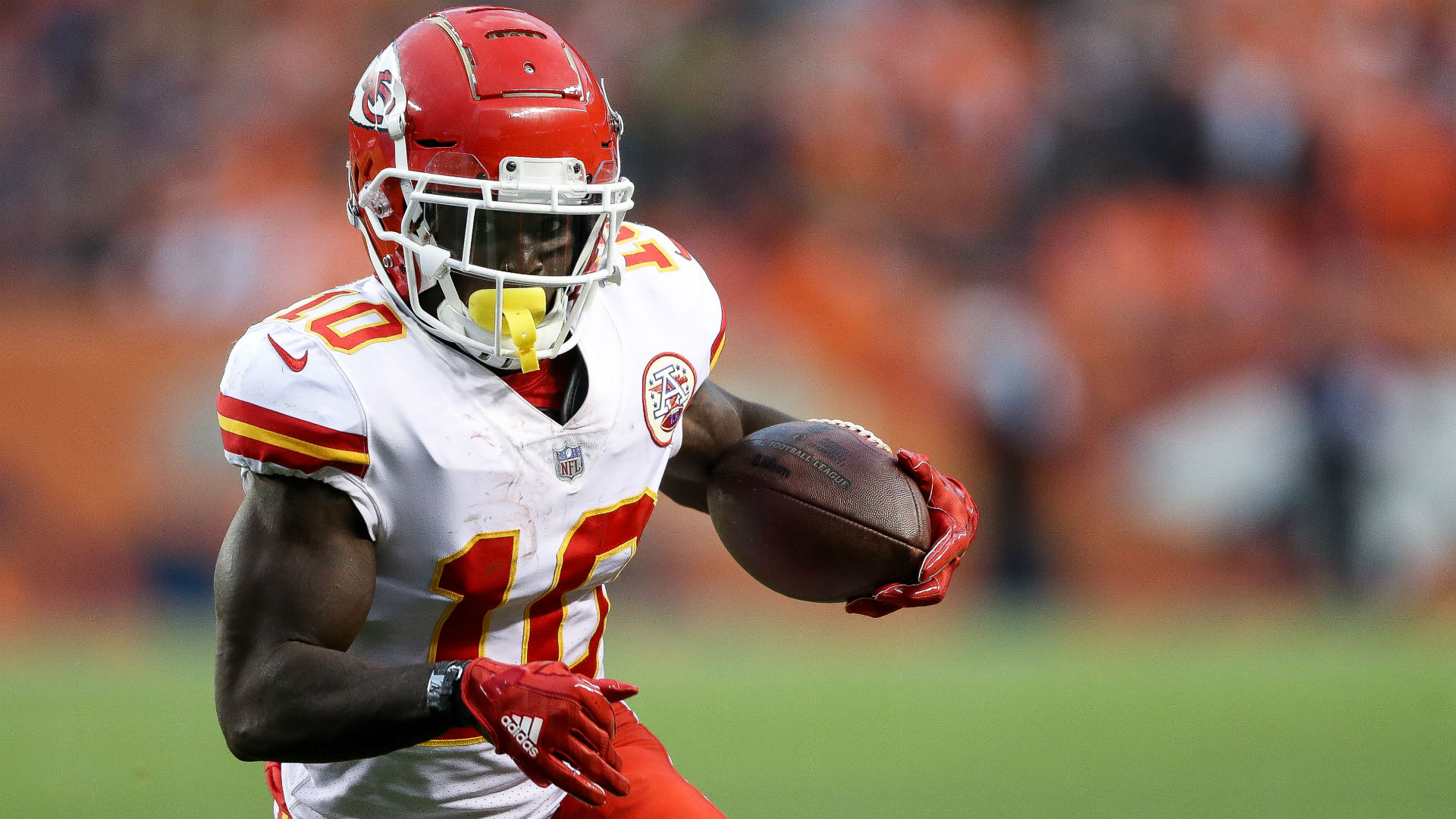 NFL not suspending Tyreek Hill is a surprise — yet, also not a surprise