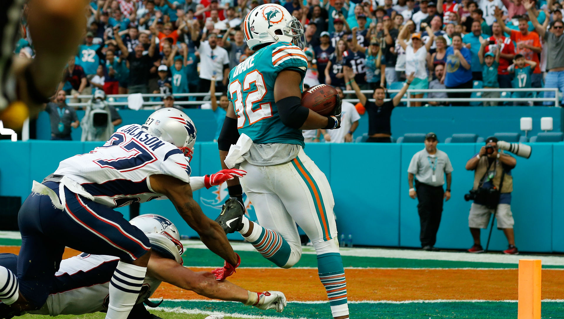 Patriots vs  Dolphins betting odds: Champs open as huge