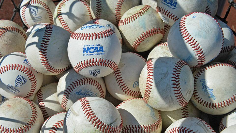 College World Series 2018 Finals: Arkansas vs. Oregon State Game 1 postponed