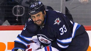 byfuglien-dustin040115-getty-ftr.jpg