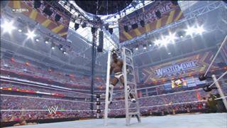 WWE マネー・イン・ザ・バンク ラダー竹馬 コフィ・キングストン