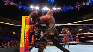 WWE サマースラム スマックダウン・タッグ王座戦
