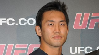 UFC 岡見勇信 5年1カ月ぶり 勝利