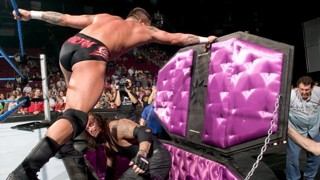 WWE アンダーテイカー 棺桶戦 勝者