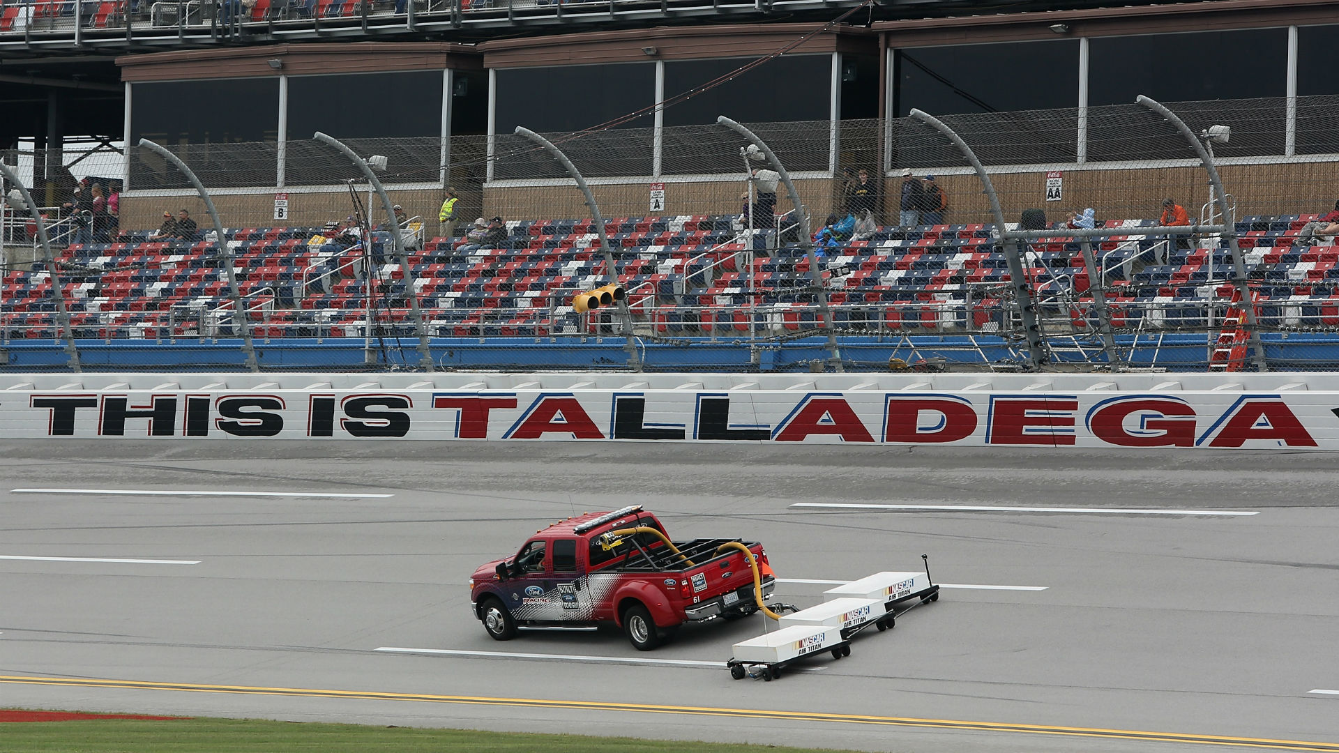 NASCAR race weather: How long will rain in forecast delay the Talladega race?