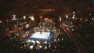 RAW-ManhattanCenter-WWE-FTR-103017.jpg