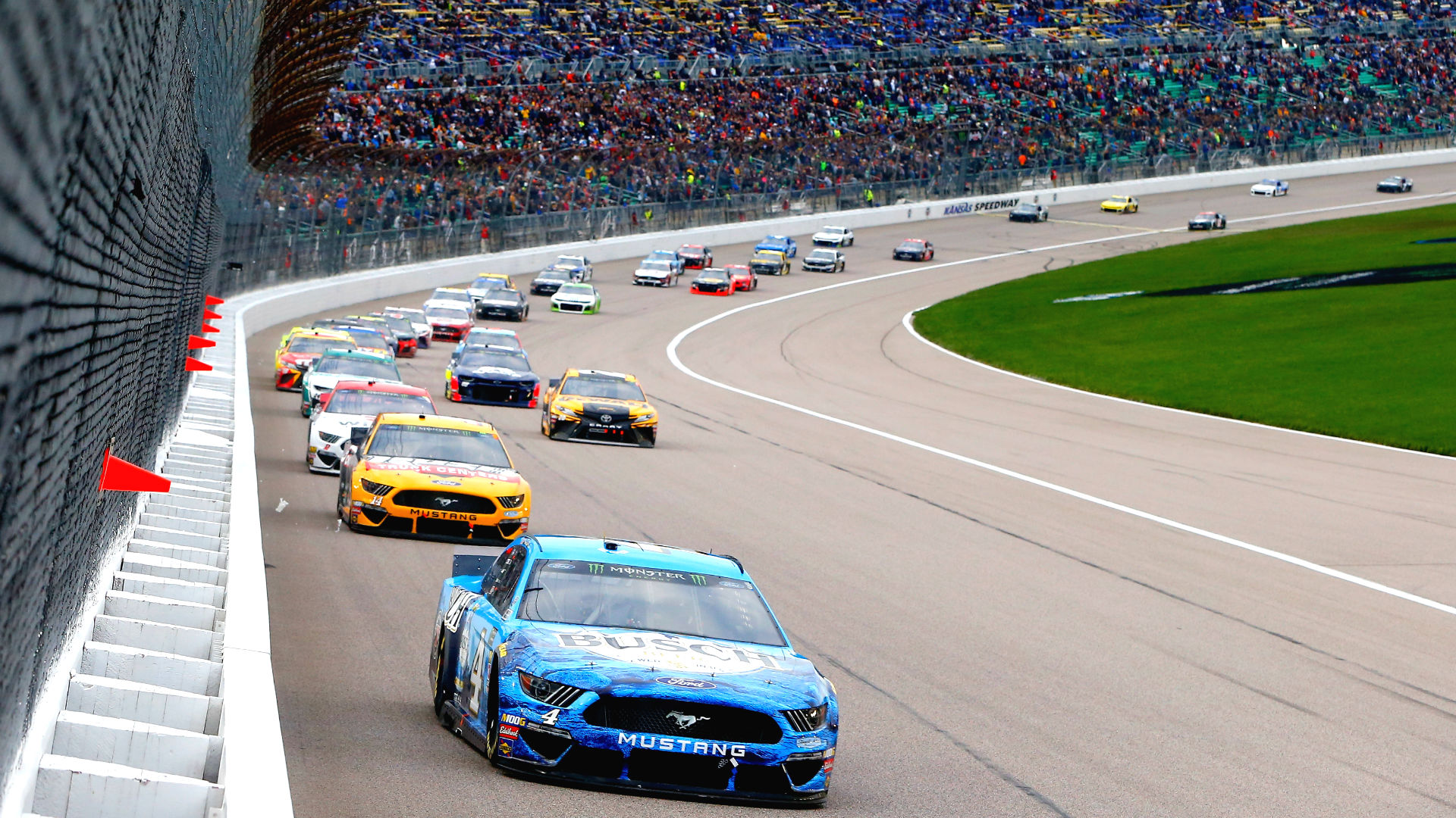 What channel is NASCAR on today? Time, TV schedule for Kansas race