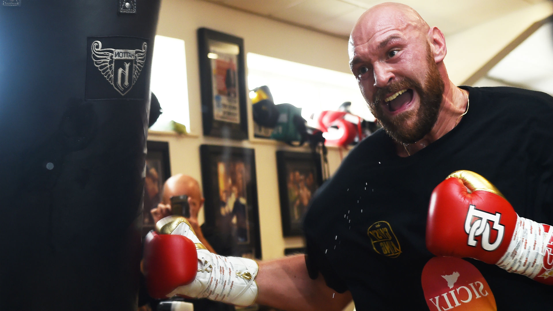 Tyson Fury vs. Otto Wallin: Betting odds, expert pick, how to bet on the fight