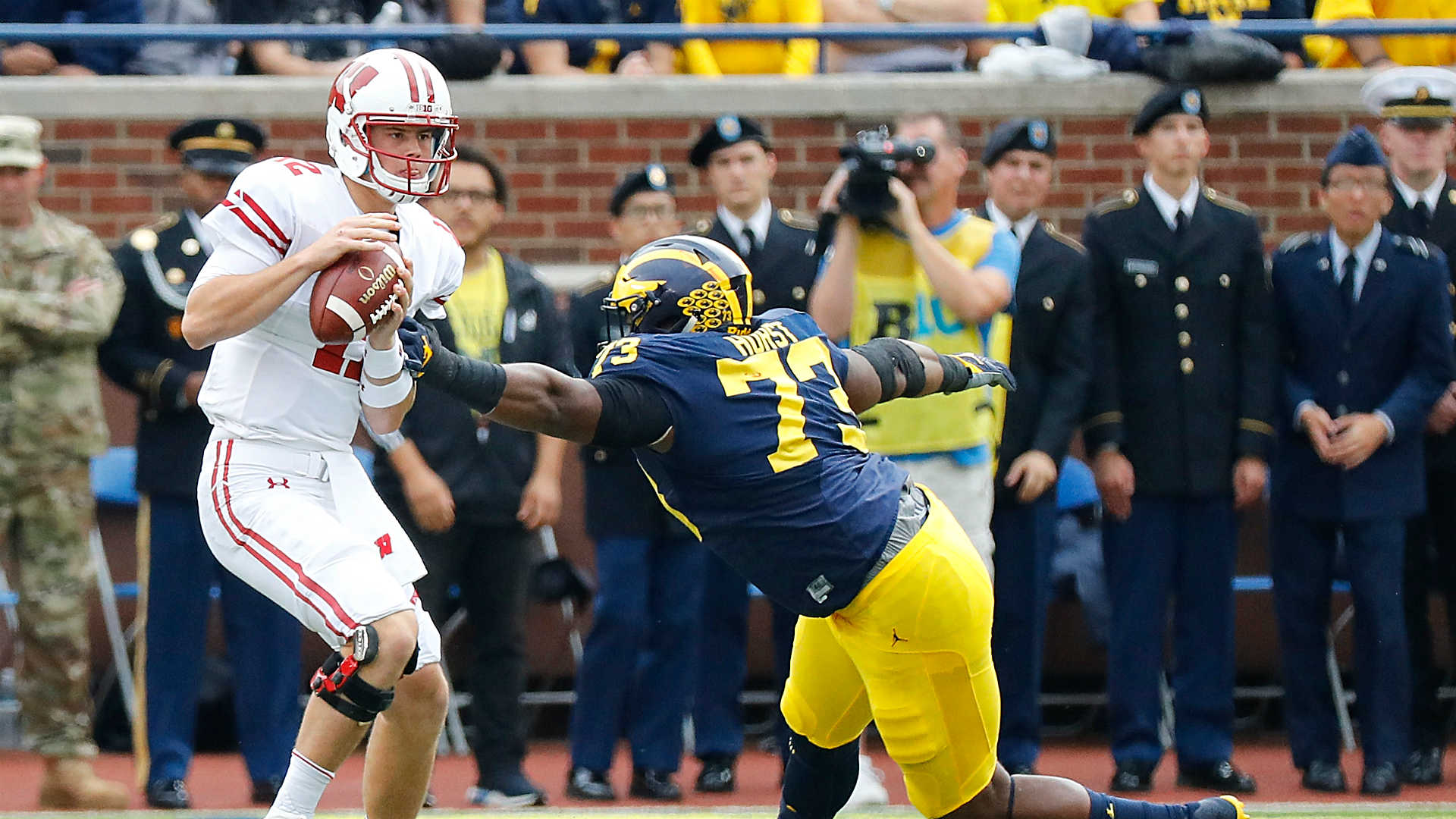College football picks, Week 12: Wisconsin vs. Michigan has serious playoff implications