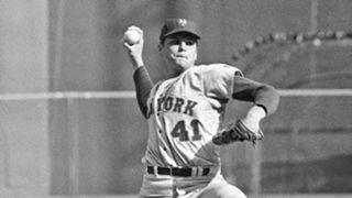 MLB UNIFORMS Tom-Seaver-011216-AP-FTR.jpg