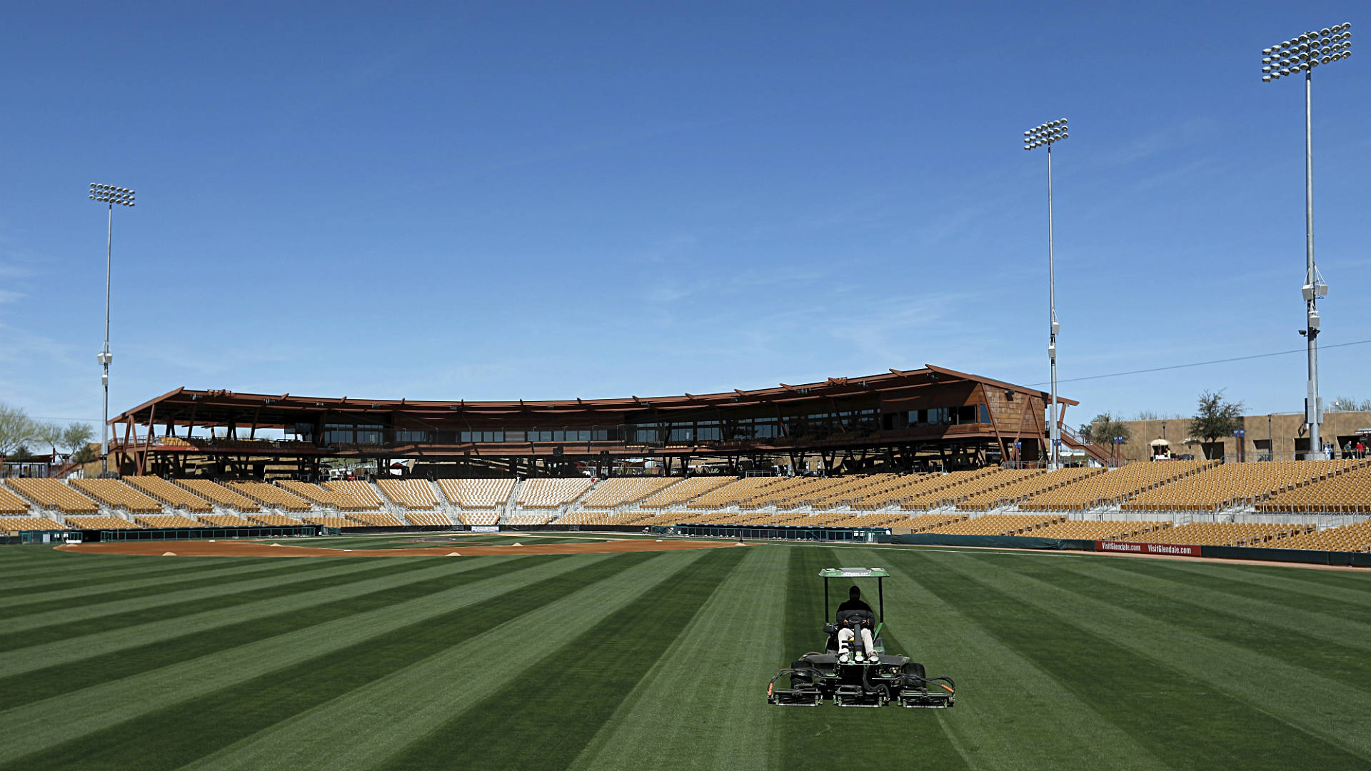 When is MLB spring training 2019? Pitcher, catcher reporting dates for all 30 teams