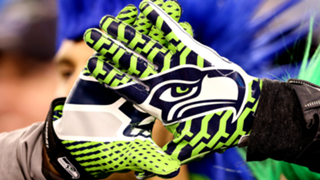seattle-seahawks-gloves-FTR