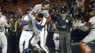 RogerMcDowell-Brawl-MLB-FTR-052916.jpg