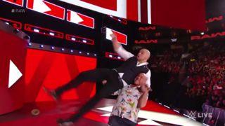 WWE ロウ #1325 カート・アングル