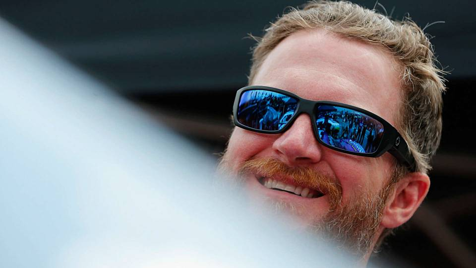 Dale Earnhardt Jr. weighs in on Alex Smith replacing Kirk Cousins in Washington