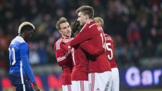 Bendtner-Celebration-AFP-032515-FTR