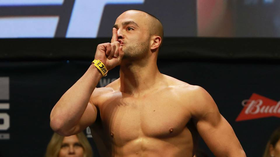 UFC Calgary: Eddie Alvarez betting on himself by taking rematch vs. Dustin Poirier