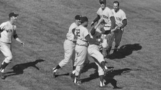 1962-Yankees-110216-AP-FTR.jpg