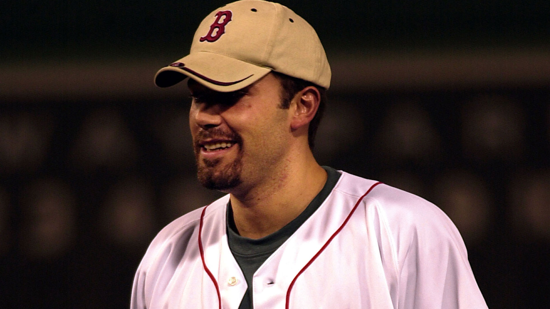 83b46d8a163 Ben Affleck refused to wear a Yankees cap in  Gone Girl