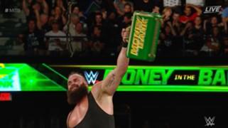 WWE マネー・イン・ザ・バンク 男子 ブラウン・ストローマン 優勝