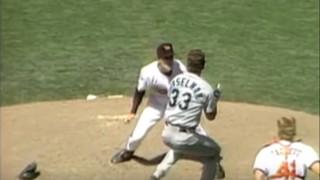 Orioles-Mariners-Brawl-MLB-FTR-052916.jpg