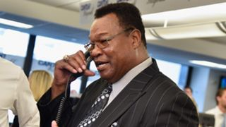Larry Holmes say Mayweather is Still the Man
