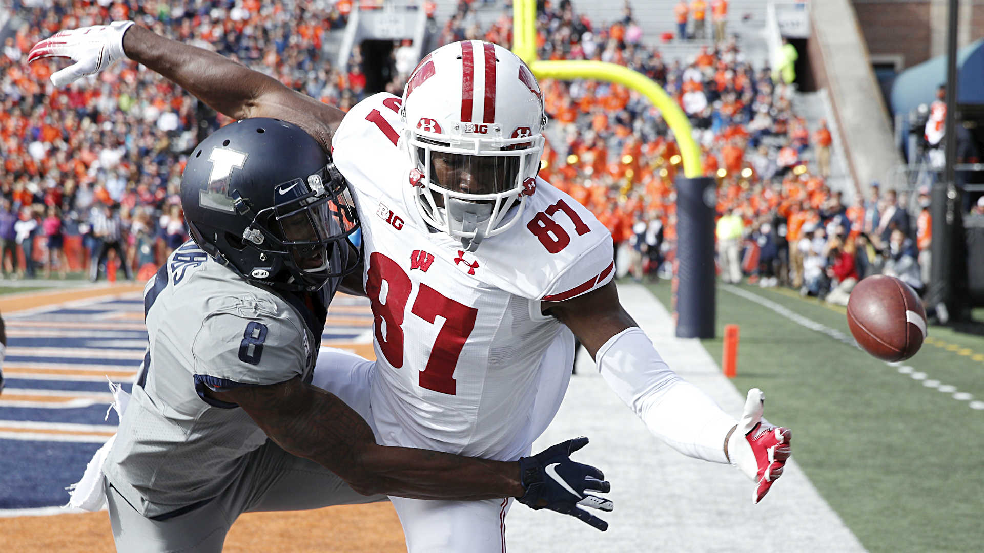How Wisconsin's stunning upset loss to Illinois affects Big Ten, College Football Playoff races