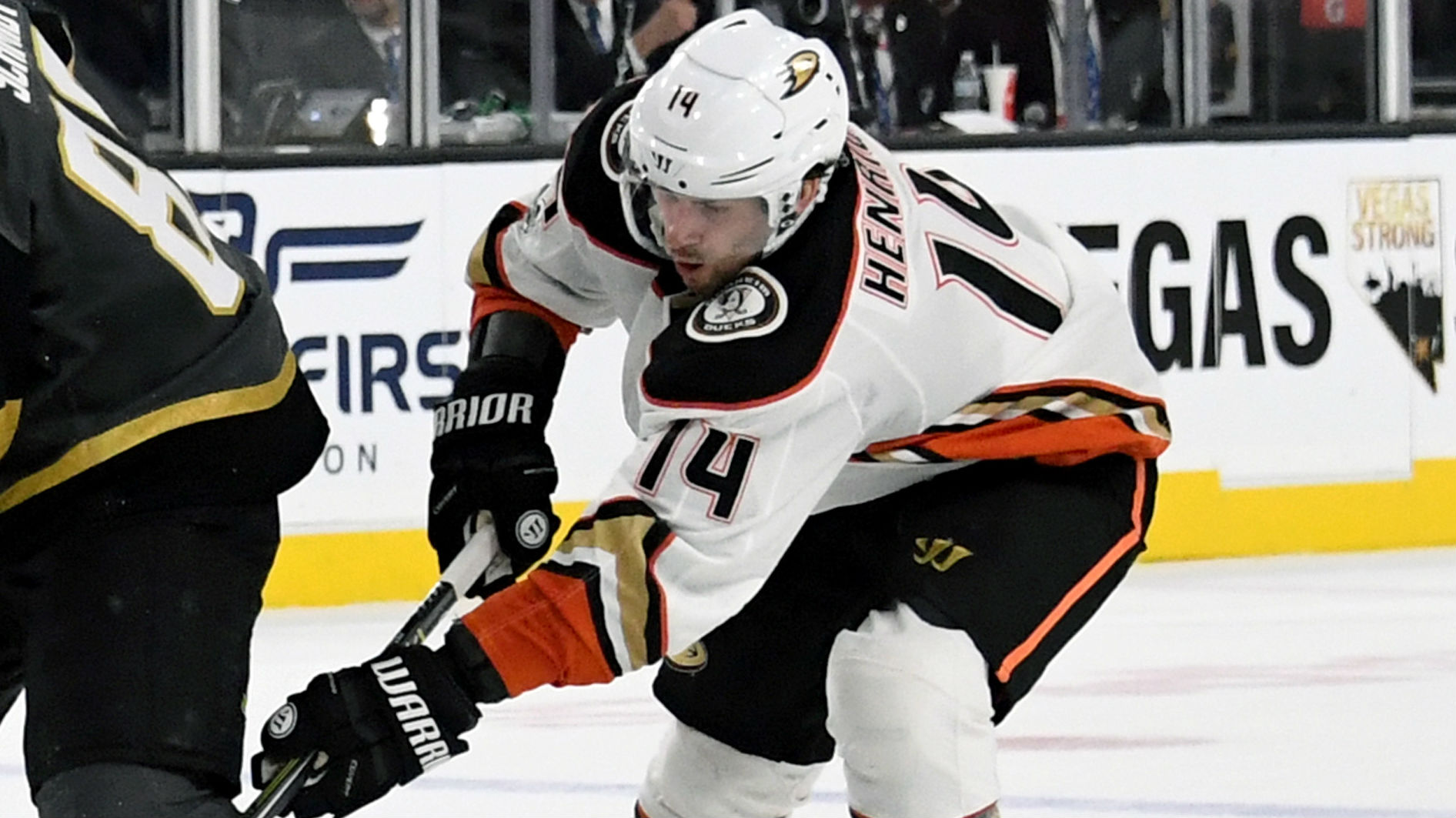Adam Henrique nets first two goals since being traded to Ducks